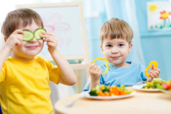 How to Choose Healthy Snacks for Children